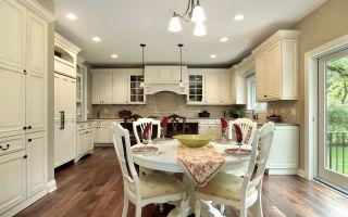 Выбираем натяжной потолок на кухню — что нужно учесть
