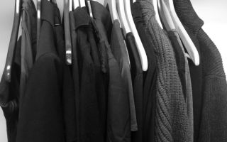 Какими средствами можно стирать черные вещи