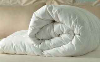 Как правильно постирать подушки в машинке и вручную