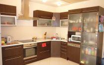 Что можно расположить в кухонном углу и как это сделать правильно
