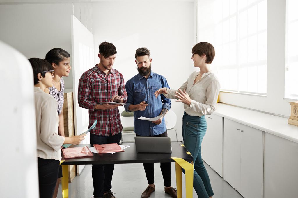 Как найти сотрудника