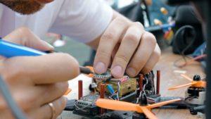 Как контролировать процессы обслуживания и ремонта оборудования