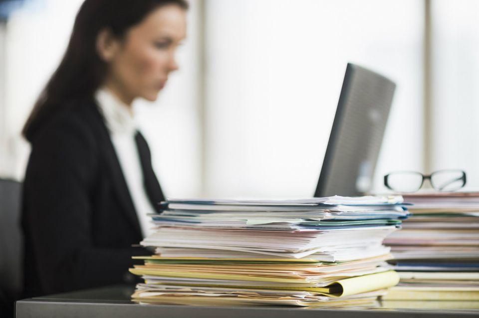Что делать, если банк заблокировал расчетный счет по требованию налоговой инспекции