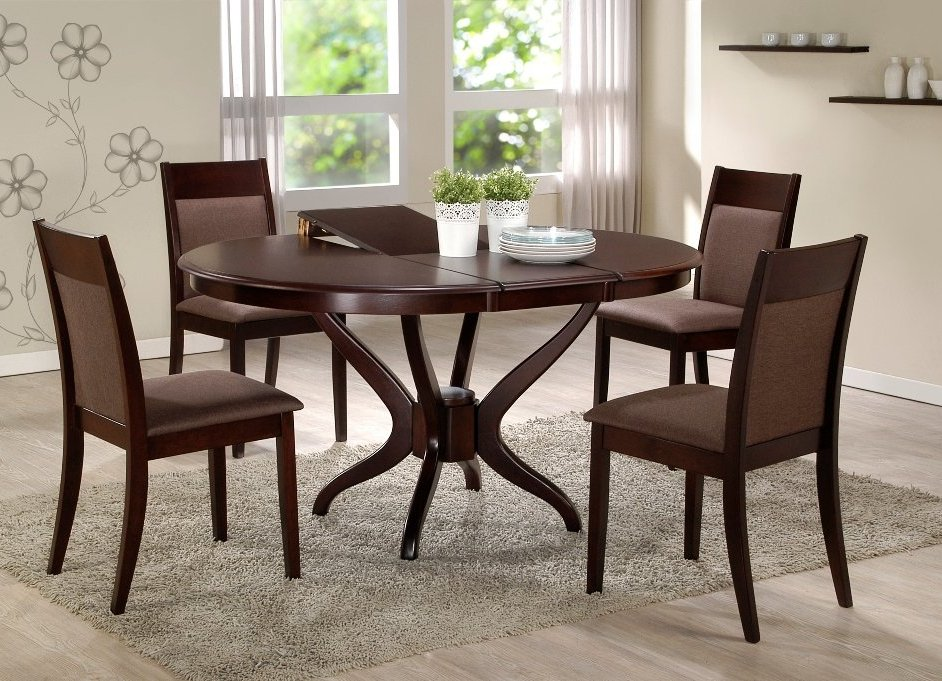 Раскладные кухонные столы - отличный вариант для небольшого помещения
