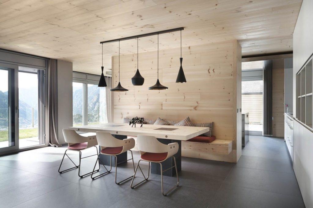 Древесные фактуры в интерьере современной квартиры
