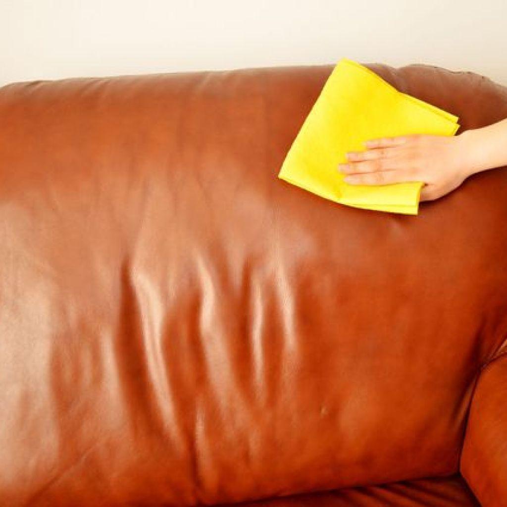 Как продлить срок службы кожаного дивана