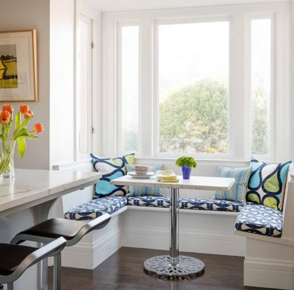 Как организовать обеденную зону, если в квартире маленькая кухня