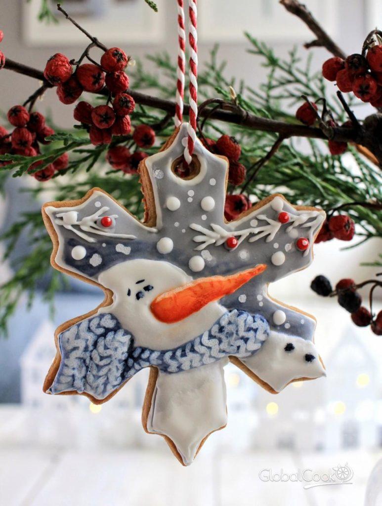 Красиво и вкусно: новогодний декор печеньем-фигурками