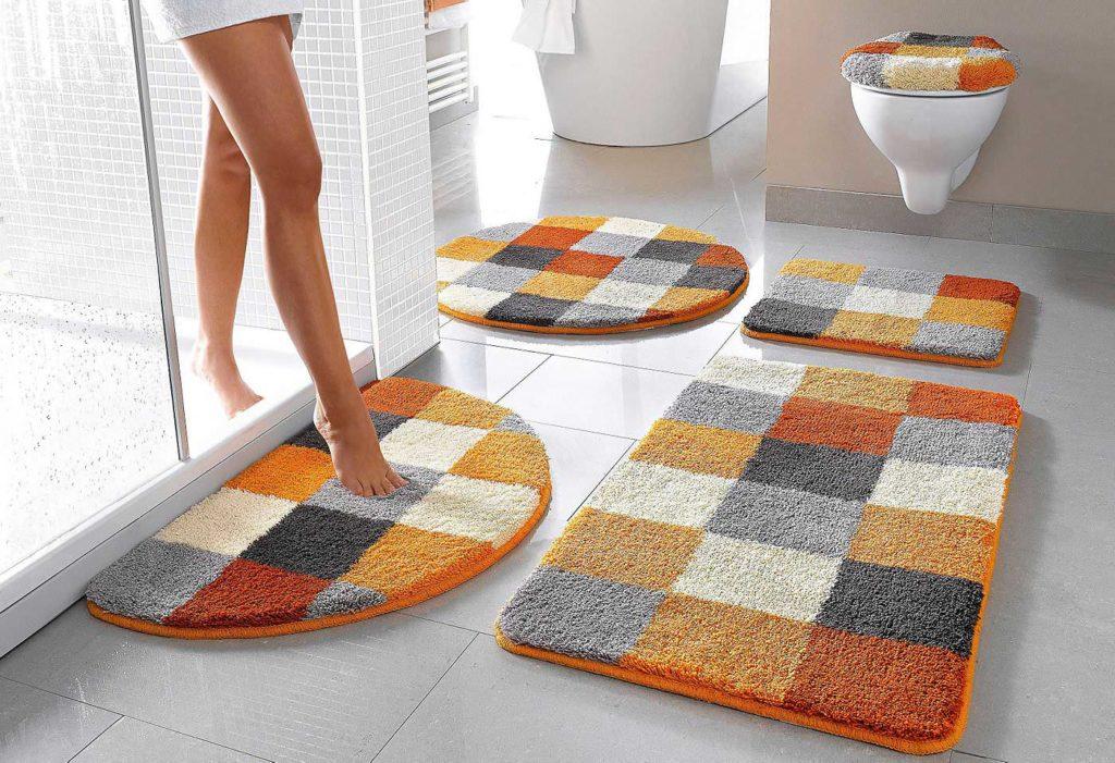 Отмываем коврики для душа