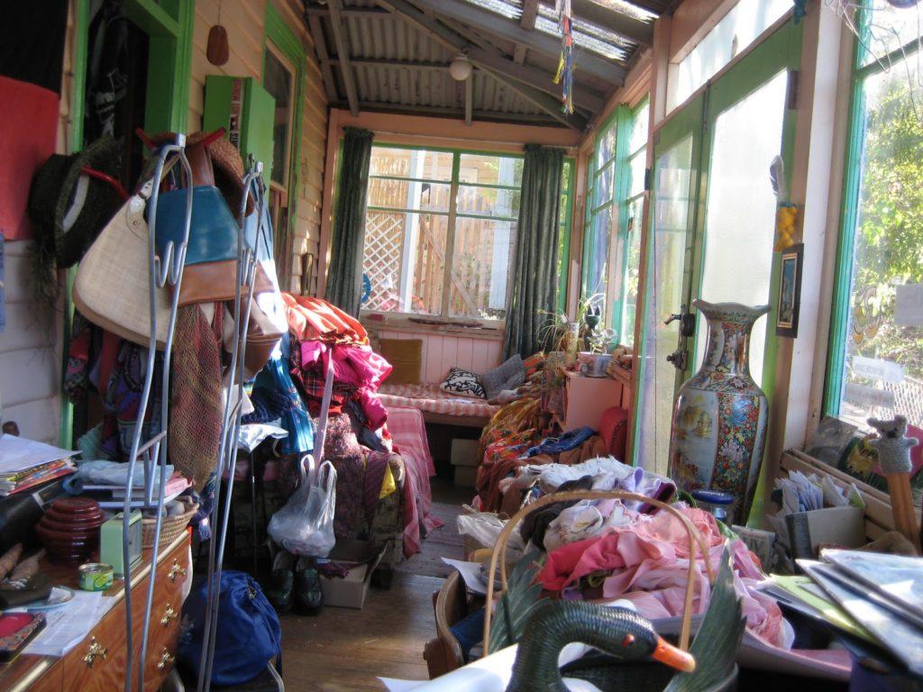 Эффективная уборка: как избавиться от ненужного хлама