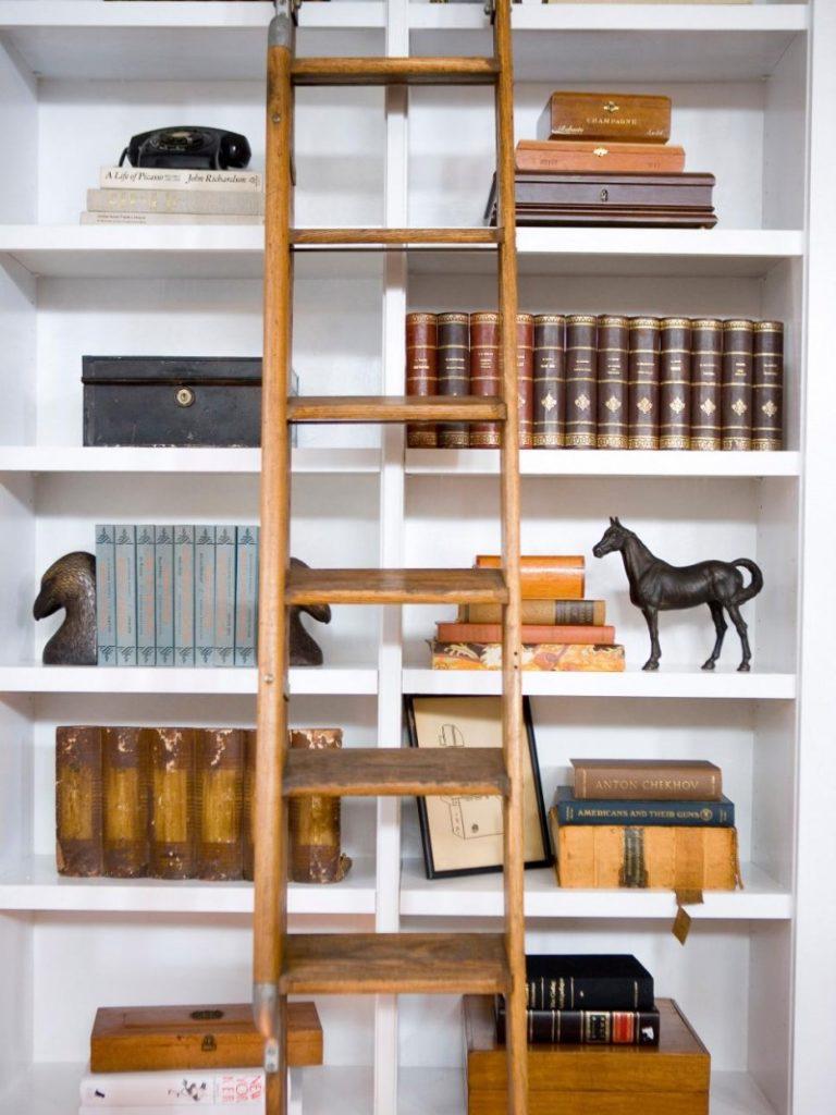 7 советов по выбору полки для книг