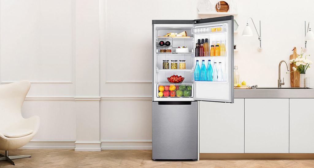 Моем холодильник в 7 шагов