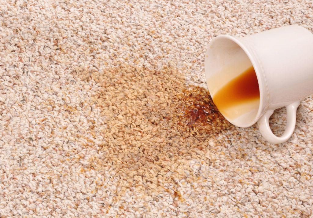 Как удалить неприятный запах с коврового покрытия