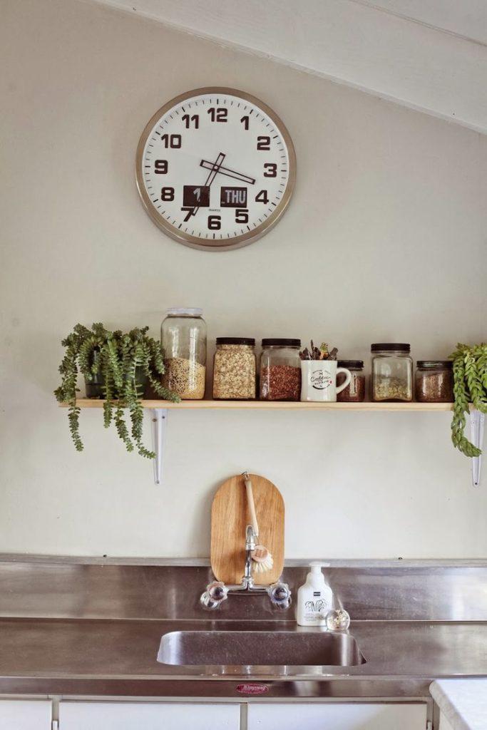 Выбираем настенные часы в квартиру