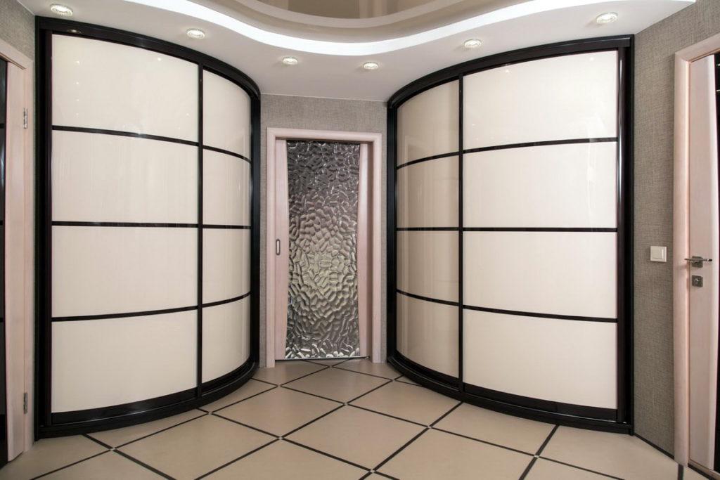 5 преимуществ радиусной мебели