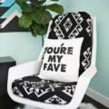 5 способов обновить подушки на креслах