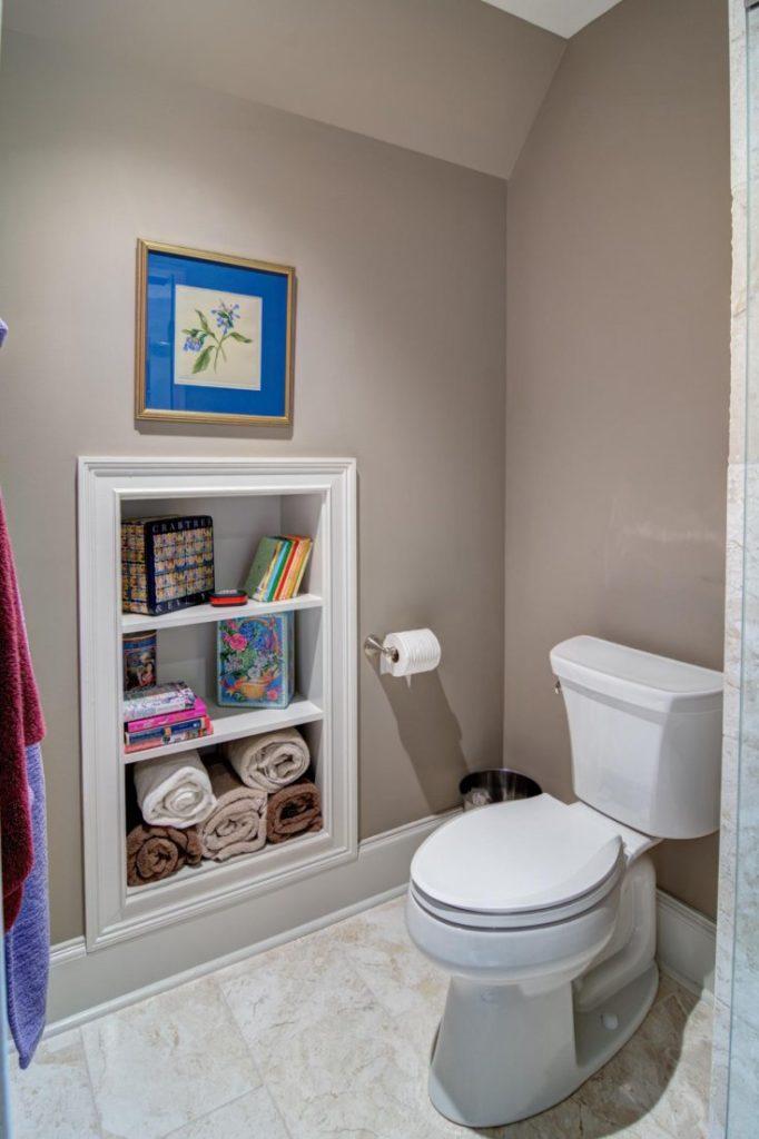 Как организовать систему хранения в ванной хрущевки