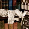 Гипсовые статуэтки в интерьере - где им место и как их выбирать