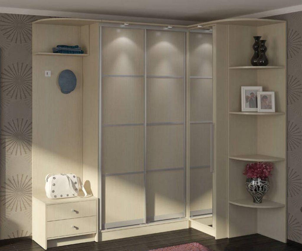 Шкаф-купе: 5 вариантов размещения в квартире