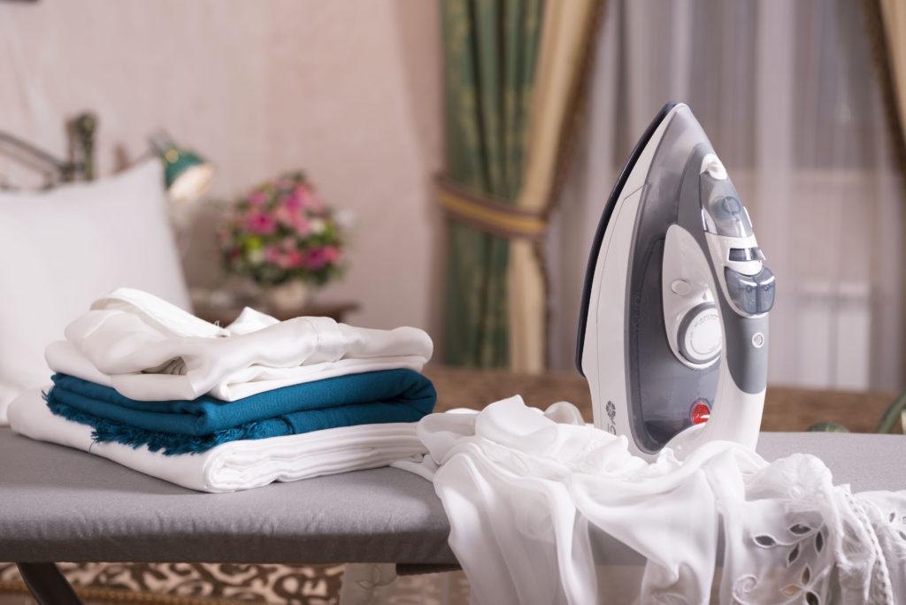 5 советов по выбору утюга и гладильной доски