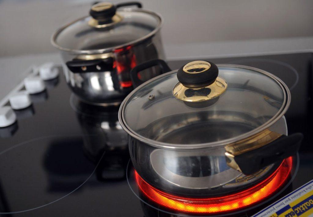 Какую посуду лучше выбрать для индукционной плиты