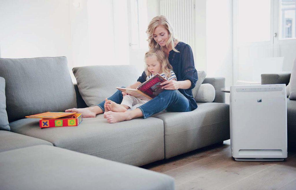 5 подручных средств для очистки мягкой мебели