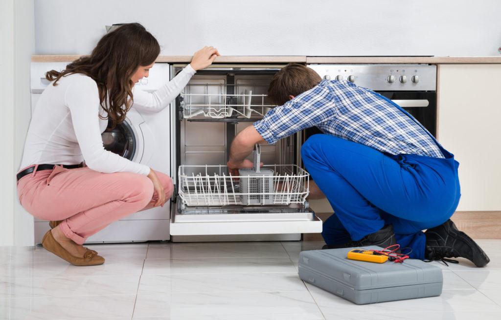 Как правильно очистить посудомоечную машинку самостоятельно
