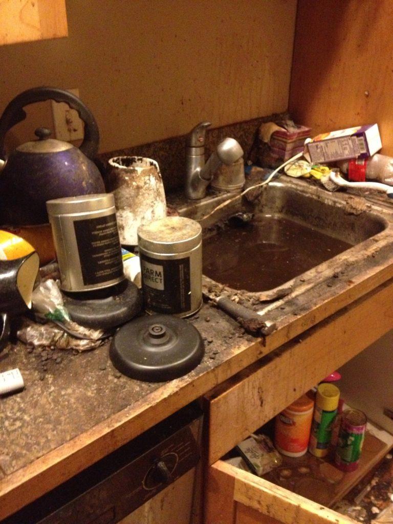Как быстро убраться в квартире когда гости почти на пороге