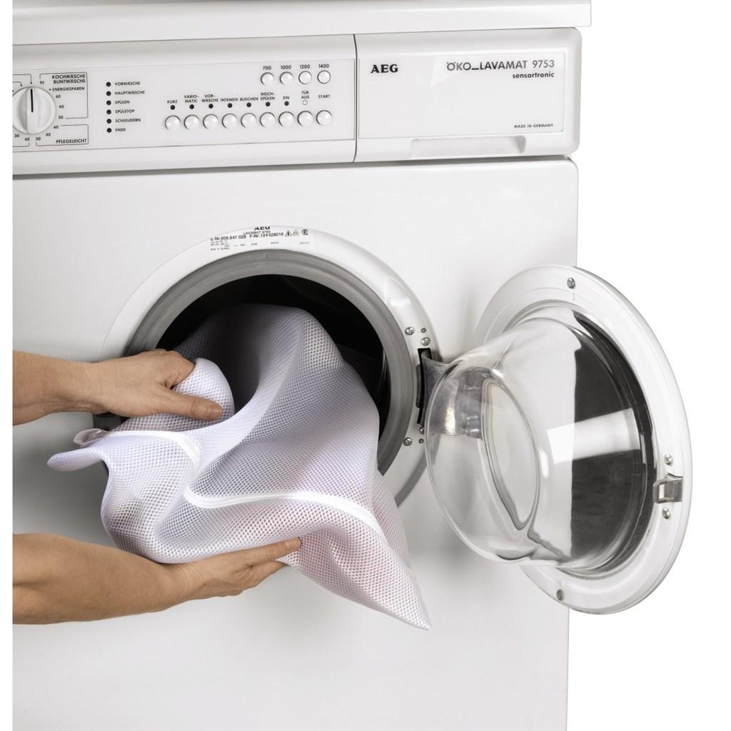 Правильный уход за термобельем: как стирать его в стиральной машине