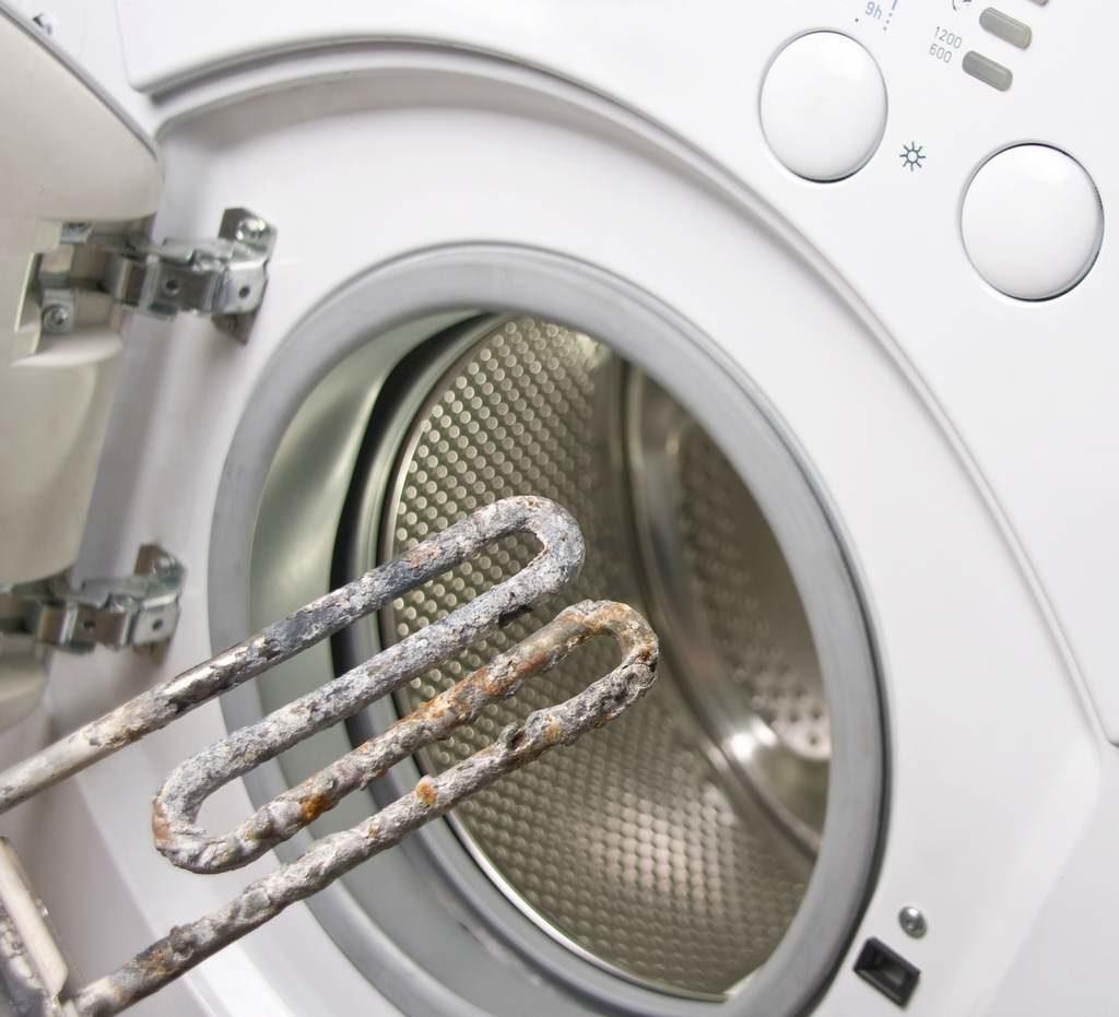 Как самостоятельно удалить накипь в стиральной машине
