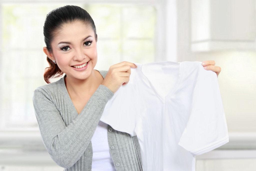 Как быстро отбелить блузку в домашних условиях