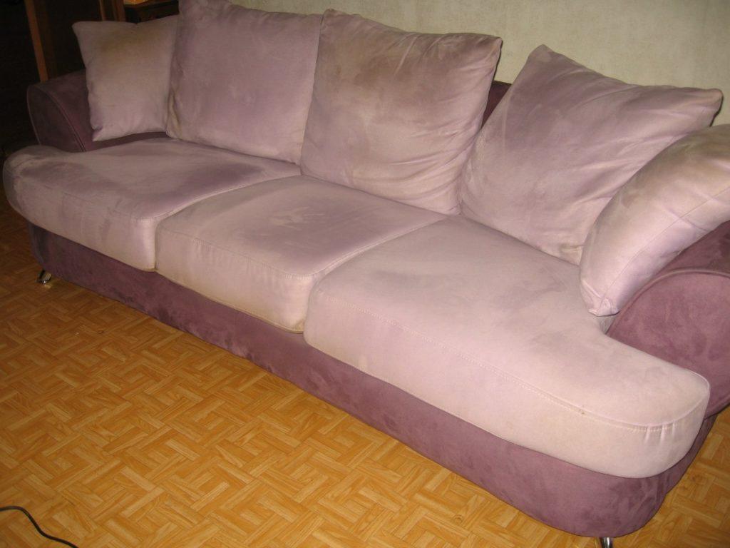 Как почистить диван в домашних условиях от засаленности