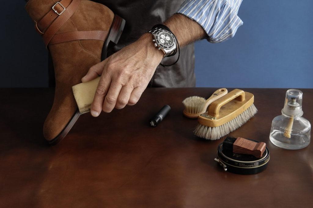 Как правильно ухаживать за светлой обувью
