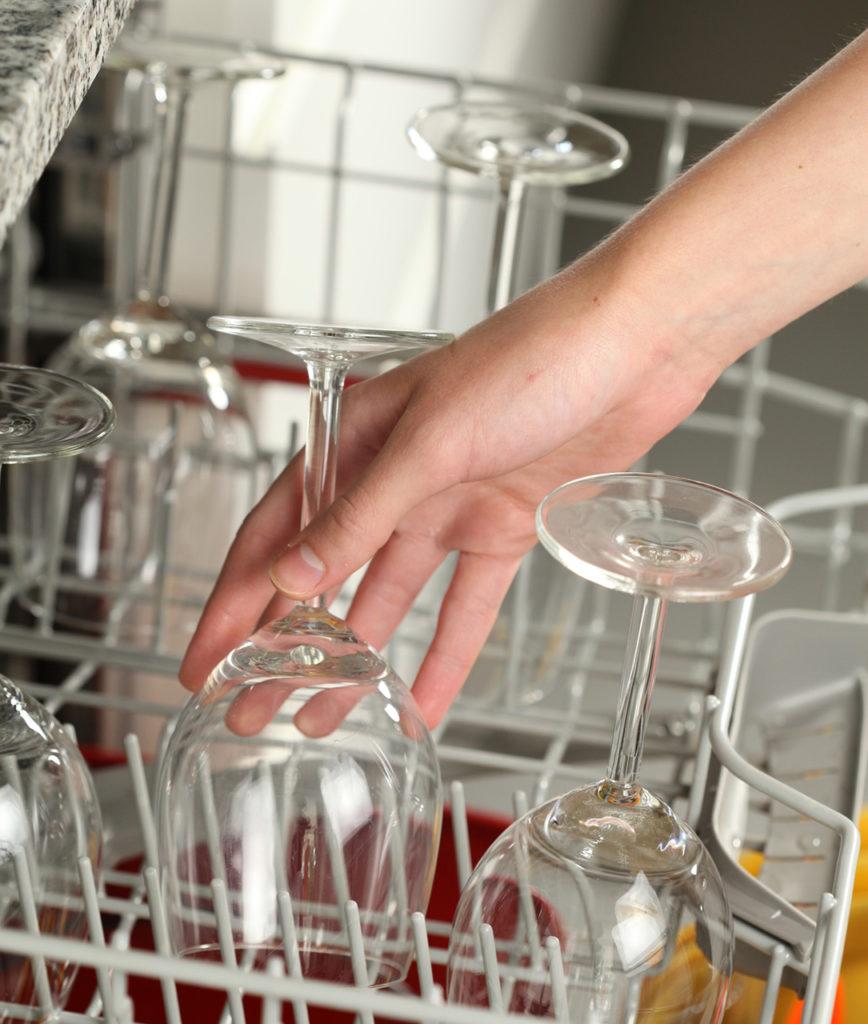 8 советов очистить хрустальную посуду