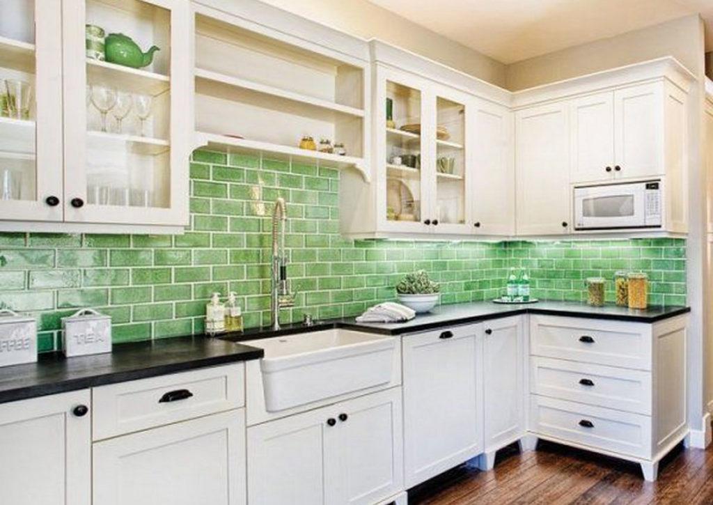 Какую плитку выбрать для фартука на кухню