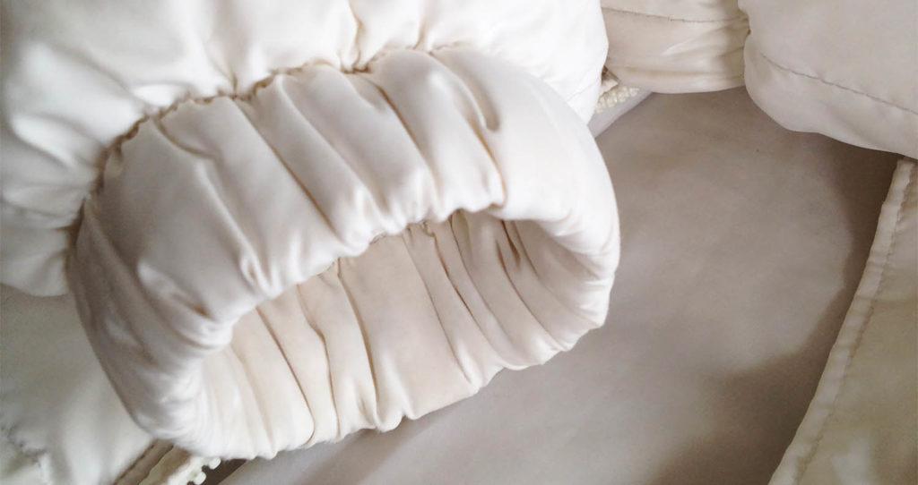Как почистить пуховик и куртку от загрязнений в домашних условиях