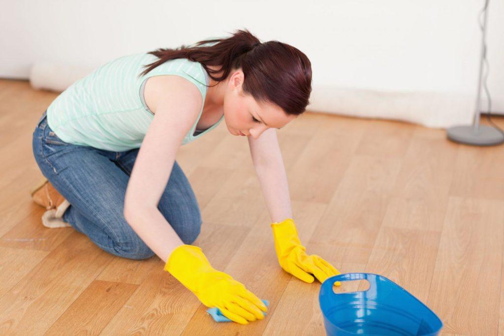 Как правильно мыть полы, чтобы не повредить поверхность