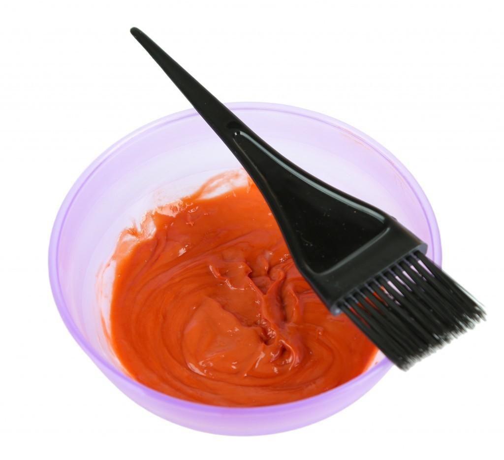 Как можно отстирать краску для волос с одежды