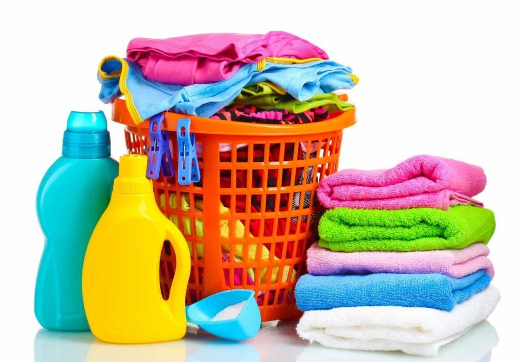 Как быстро вывести жирное пятно с одежды в домашних условиях