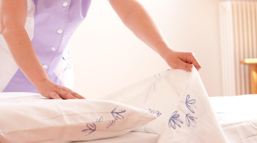 Основные правила ухода за сатиновым бельем