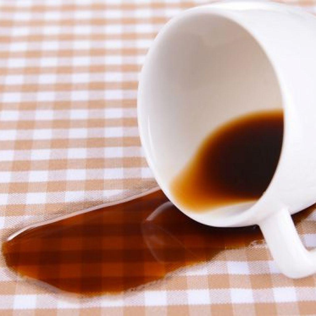 Как быстро и эффективно вывести пятно от чая или кофе