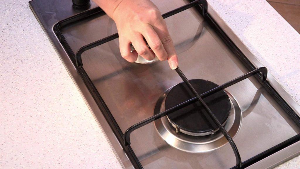 Лучшие домашние средства для очистки кухонной плиты