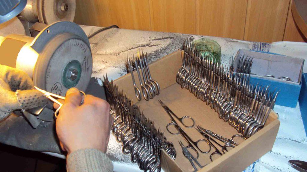 Как быстро наточить ножницы в домашних условиях