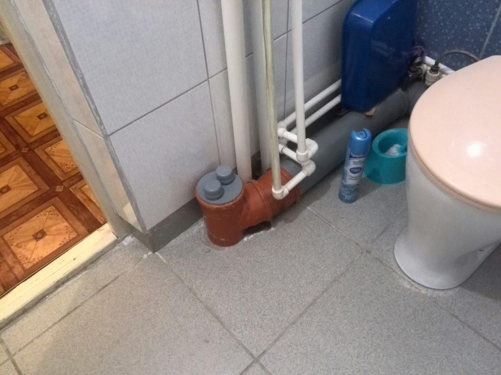 Как прочистить канализацию без помощи сантехника