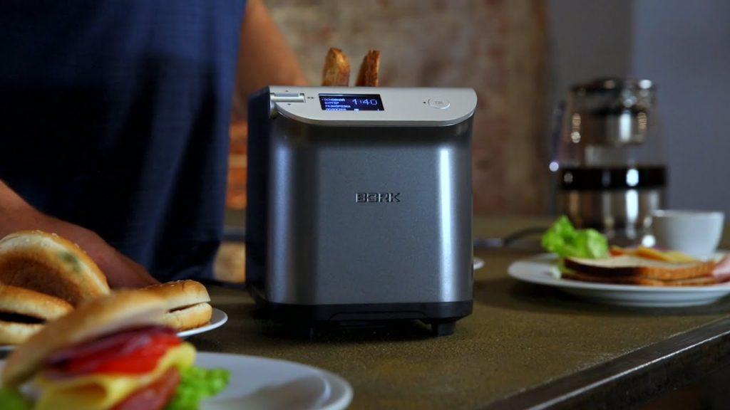 Как очистить тостер внутри и снаружи
