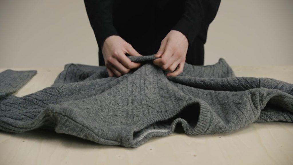 Как правильно стирать изделия из шерсти