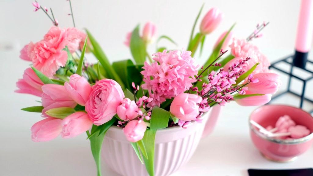 Как сохранить букет цветов  в вазе свежим на долго