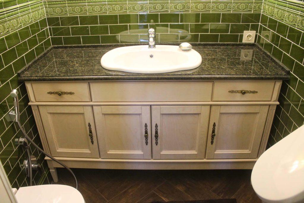 Что можно поместить под раковиной для экономии места в ванной