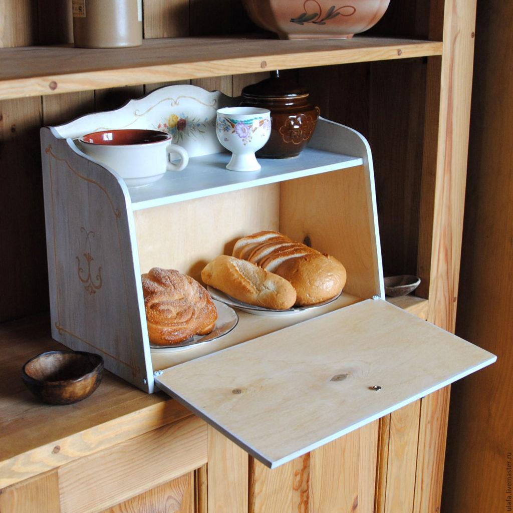 Как удалить плесень из хлебницы