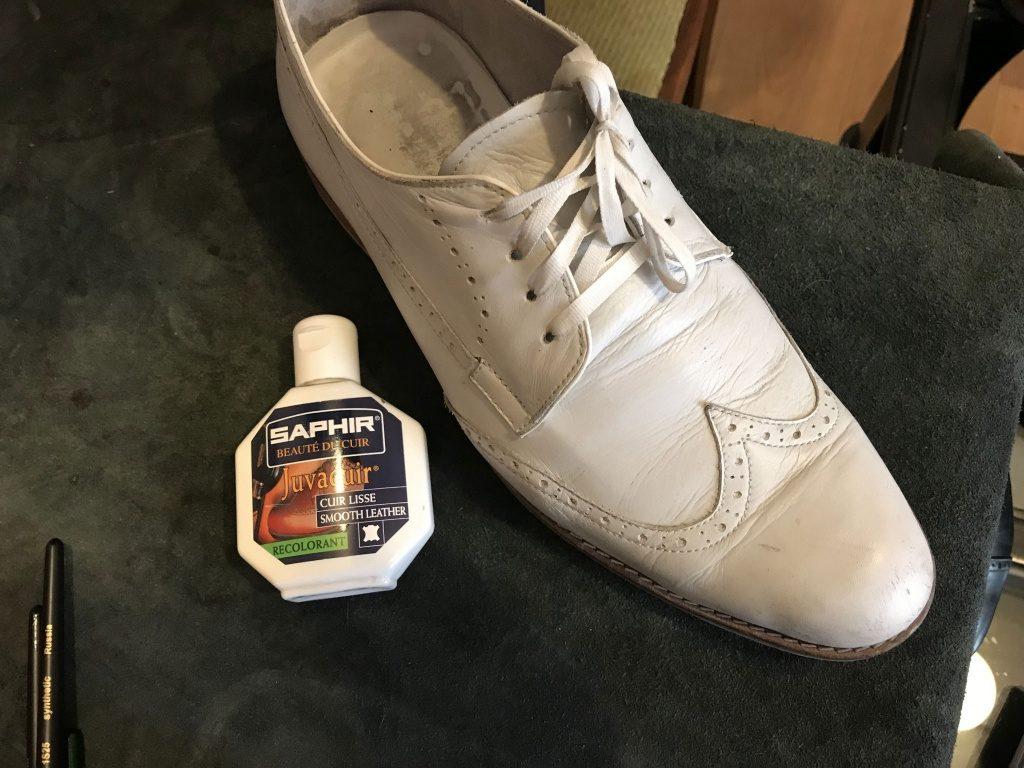 Чем убрать царапины и потертости с кожанной обуви